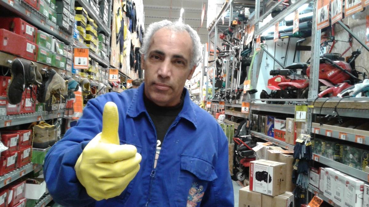 C mo comprobar si hay corriente en un enchufe fontanero electricista homeatope 669 024616 Electricistas santiago de compostela